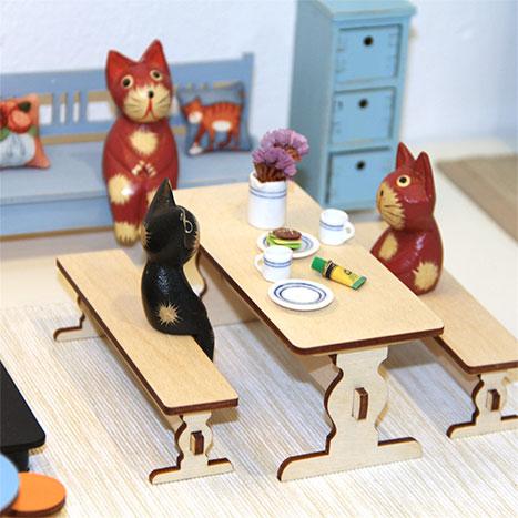 besöker japanesse leksaks show i Stockholm
